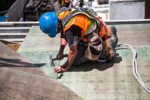 bild av byggnadsarbetare